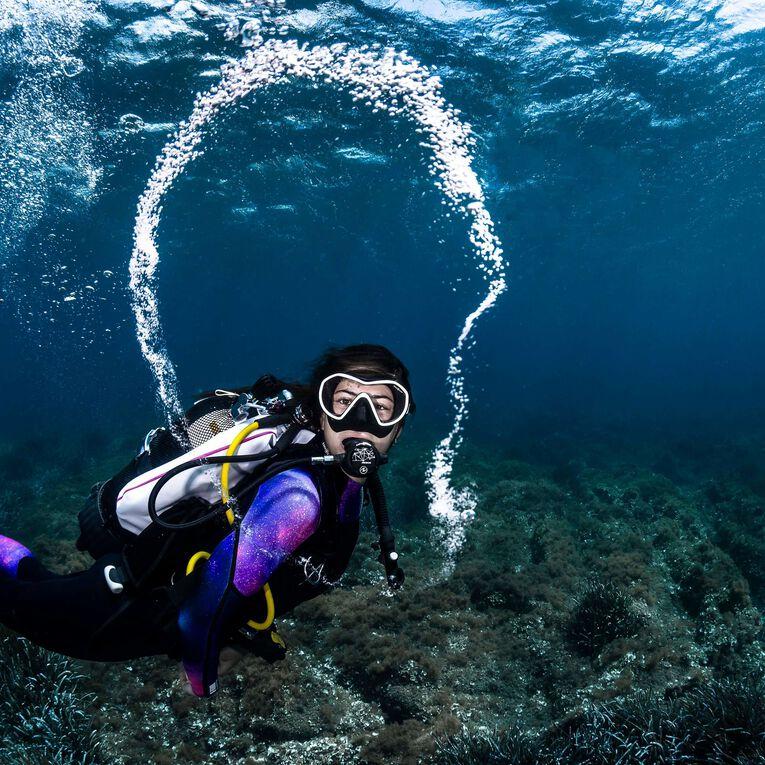 AquaFlex 5mm Wetsuit - Women, Noir/Violet, hi-res image number 5