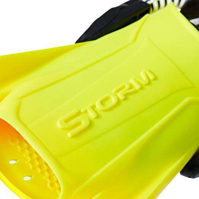 Storm, Vert citron, hi-res image number 5