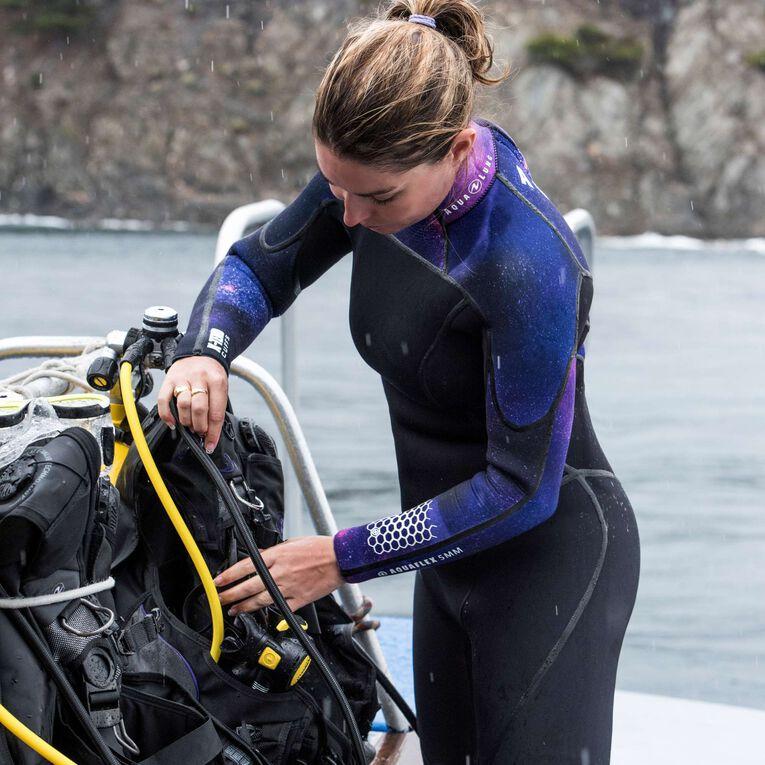AquaFlex 5mm Wetsuit - Women, Noir/Violet, hi-res image number 4